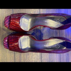 New 𝐉𝐞𝐬𝐬𝐢𝐜𝐚 Simpson red croc print heels